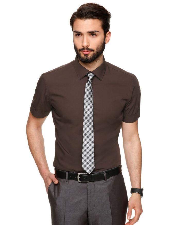 design de qualité b32d0 201e7 Costume noir cravate rouge chemise blanche. Quand puis-je ...