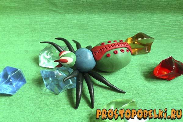 Как сделать из пластилина пауков 624